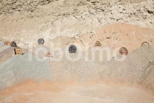 Abgebautes Erz der Goldmine Santa Filomena (Peru, SOTRAMI) - lobOlmo Fair-Trade-Fotoarchiv