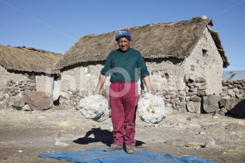 Alpaka-Schurwolle (Peru, CIAP) - lobOlmo Fair-Trade-Fotoarchiv