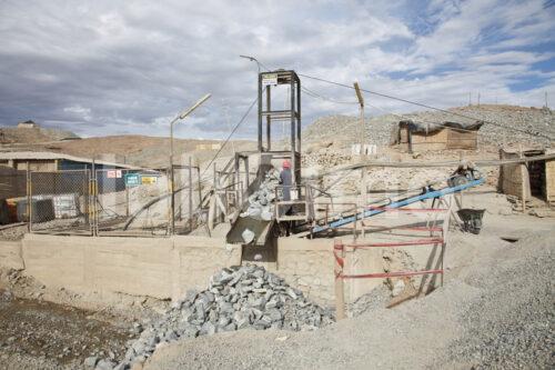 Erzabbau in der Goldmine Santa Filomena (Peru, SOTRAMI) - lobOlmo Fair-Trade-Fotoarchiv