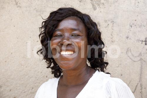 Färberin (Ghana, Global Mamas) - lobOlmo Fair-Trade-Fotoarchiv