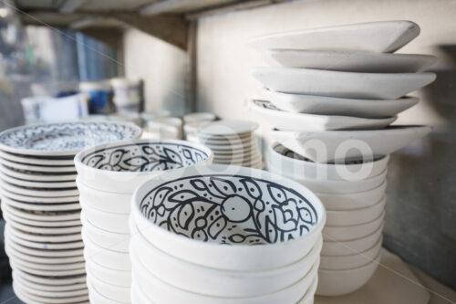 Glasierte Keramik-Rohlinge (Palästina, BFTA) - lobOlmo Fair-Trade-Fotoarchiv