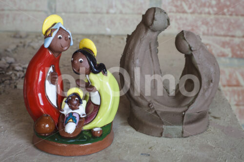 Heilige Familie Keramik und Rohling (Bolivien, Ayni) - lobOlmo Fair-Trade-Fotoarchiv