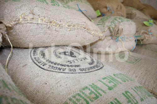 Kaffeesäcke (Mexiko, UCOAAC) - lobOlmo Fair-Trade-Fotoarchiv