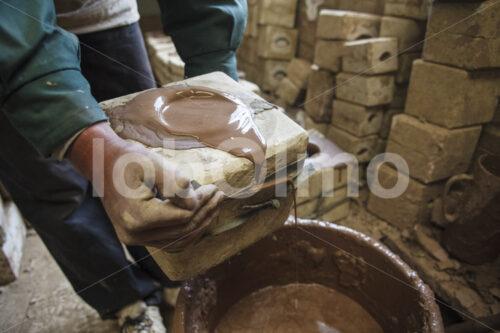 Tongießen (Bolivien, Ayni) - lobOlmo Fair-Trade-Fotoarchiv
