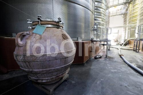 Weinamphore (Südafrika, Stellar Organics) - lobOlmo Fair-Trade-Fotoarchiv