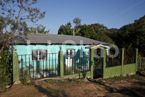 Wohnhaus einer Kaffeebauernfamilie (Mexiko, UCOAAC) - lobOlmo Fair-Trade-Fotoarchiv