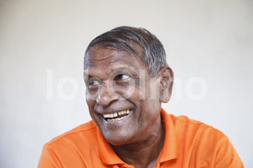 Zimtbauer (Sri Lanka, PODIE) - lobOlmo Fair-Trade-Fotoarchiv